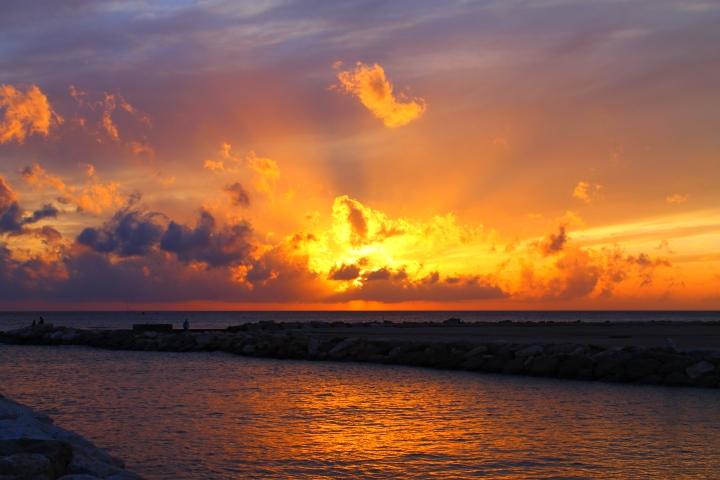 Sunset R
